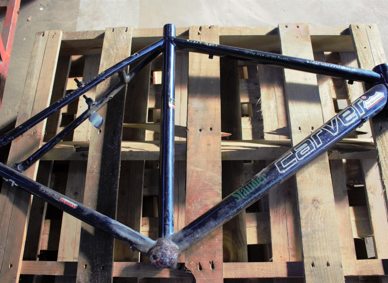Sandstrahlen - Fahrradrahmen - vorher