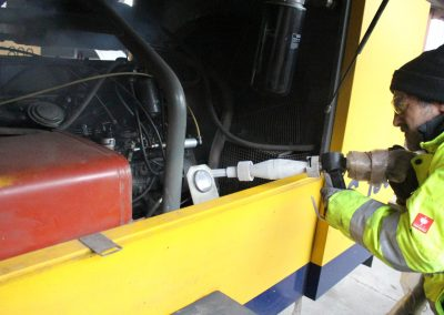 Trockeneisreinigung von Motoren - Inrei